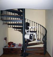 Alt automatismos le ofrece sillas para cualquier tipo de tramo curvo, incluso para escaleras de caracol.