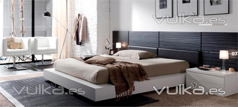 Foto dormitorio de matrimonio de estilo moderno for Muebles almoradi