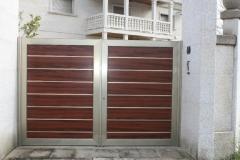Puertas Batientes Fabricadas en Aluminio con terminaci�n de Madera Noble y marco en Acero Inoxidable.  Tambi�n de ...