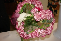 Ramo en forma de corazon de alta floristeria.