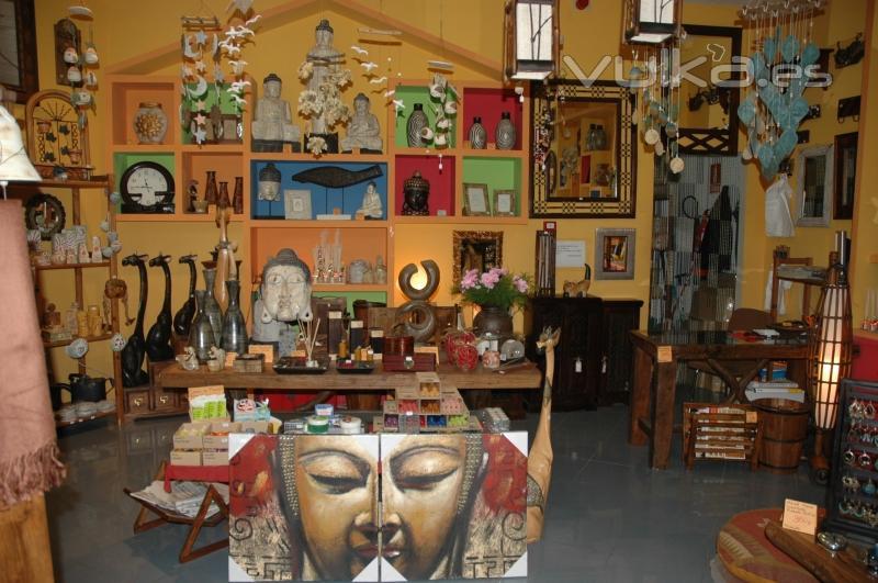Foto tienda antequera interior for Almacenes decoracion bogota