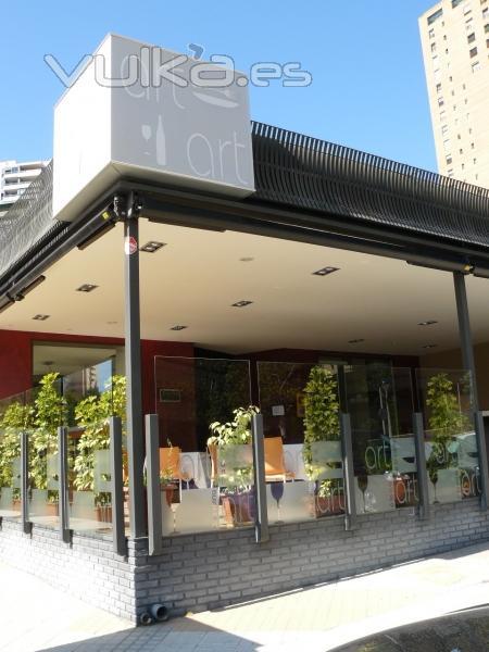 Foto fachada restaurante for Fachadas de restaurantes modernos