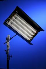 Fluorescente sistema cine con ballast electrónico