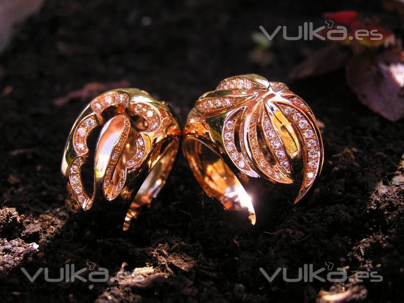 dcd9c392320a Anillos de oro rosa con diamantes