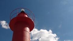 Faro rojo del puerto de cambrils