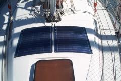 Paneles solares marinos