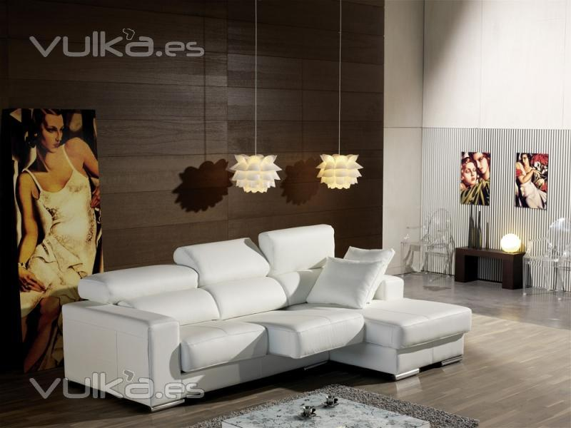 Foto sofa chaiselongue en piel estela pedro ortiz for Sofas pedro ortiz yecla