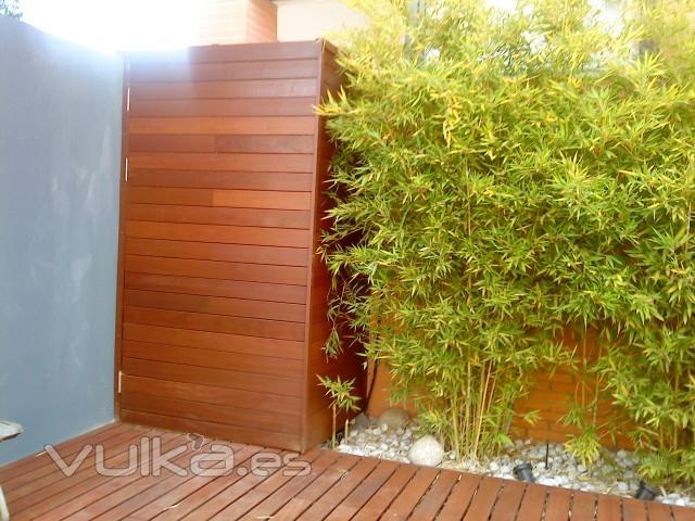 Foto armario de madera ipe a medida - Armarios para jardin ...