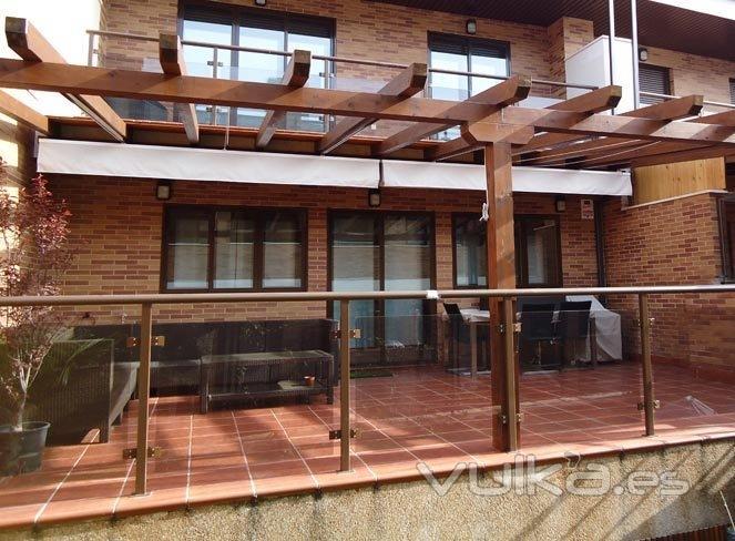 Dise o m s exterior dmaspv for Disenos de bares en madera