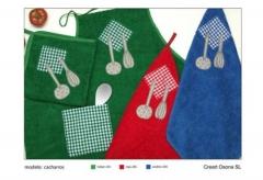 Trapos y delantales de cocina. un regalo original, una pieza artesanal y un complemento textil total