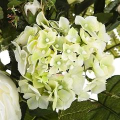 Ramo artificial de flores rosa y phalaenopsis blanco detalle. lallimona.com