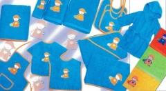 Baberos y toallas bebe. Un regalo original, una pieza artesanal y un complemento textil totalmente f