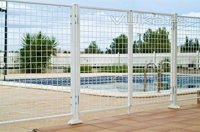 Foto cerramientos de piscinas for Cerramientos para piscinas