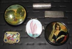 Colecci�n de cajitas de plata, esmaltes y papel mach� de finales del s.xix, principios del s.xx