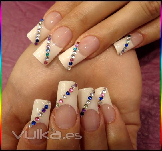 Glamour nail studio decoracion u as gel y porcelana en for Unas de porcelana decoracion