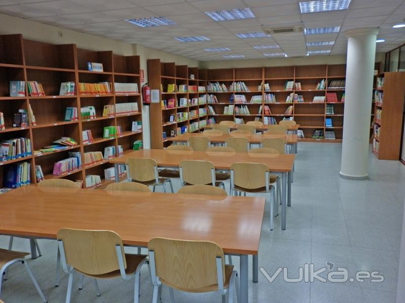 Foto instalaciones a clientes biblioteca en fuensalida - Muebles fuensalida ...