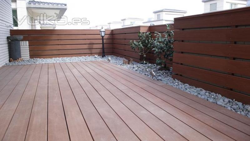 Foto revestimiento para terrazas y balcones sin mantenimiento - Tarima para terraza ...