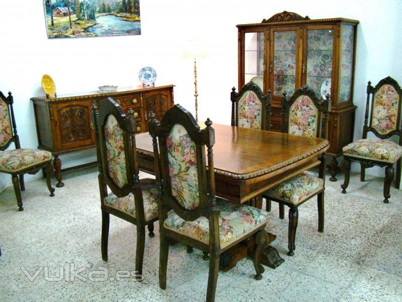 Foto comedor antiguo completo 1200 eur for Muebles de comedor antiguos