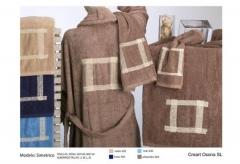 Toallas bordadas cordela. Un regalo original, una pieza artesanal y un complemento textil totalmente