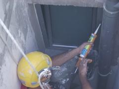 Reparaci�n de humedades y sellado de juntas,balcones,cerramientos,ventanales.