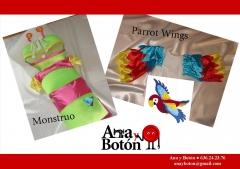 Disfraces 2010.- monstruo y alas de loro