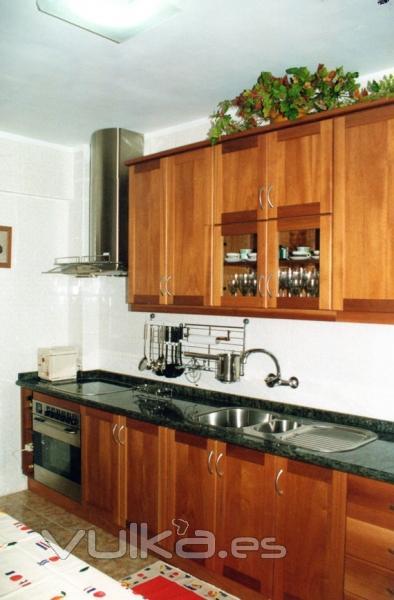 Foto muebles a medida para cocinas - Muebles baratos almeria ...