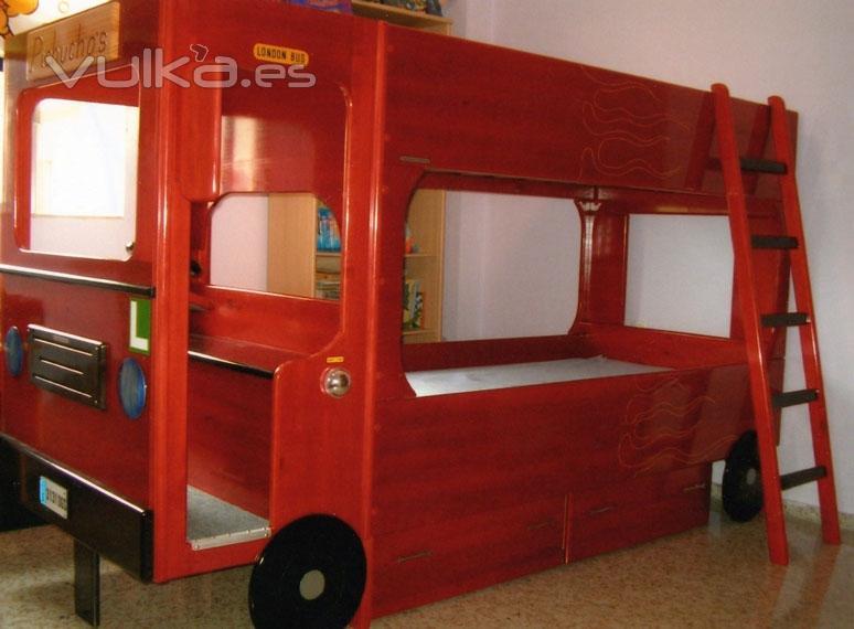 Foto Cama Litera Infantil Con Forma De Autobus Ingles