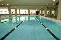 Piscina de 18 metros para nado libre