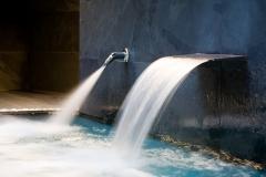 Vasos de hidromasaje, jets de presión, termas de contraste, sauna, baño de vapor, fuente de hielo