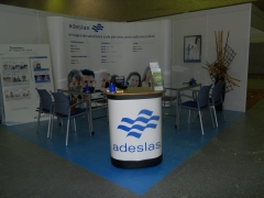 Stand de Adeslas en Expolugo 2010