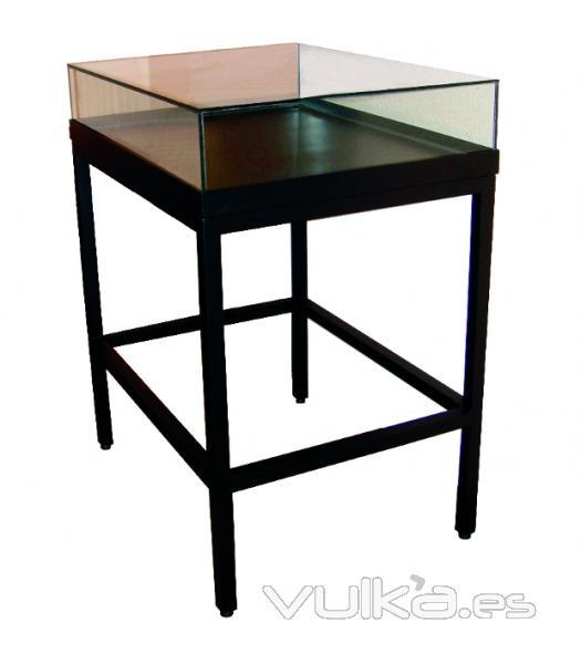 foto mesa vitrina con estructura de acero campana fanal