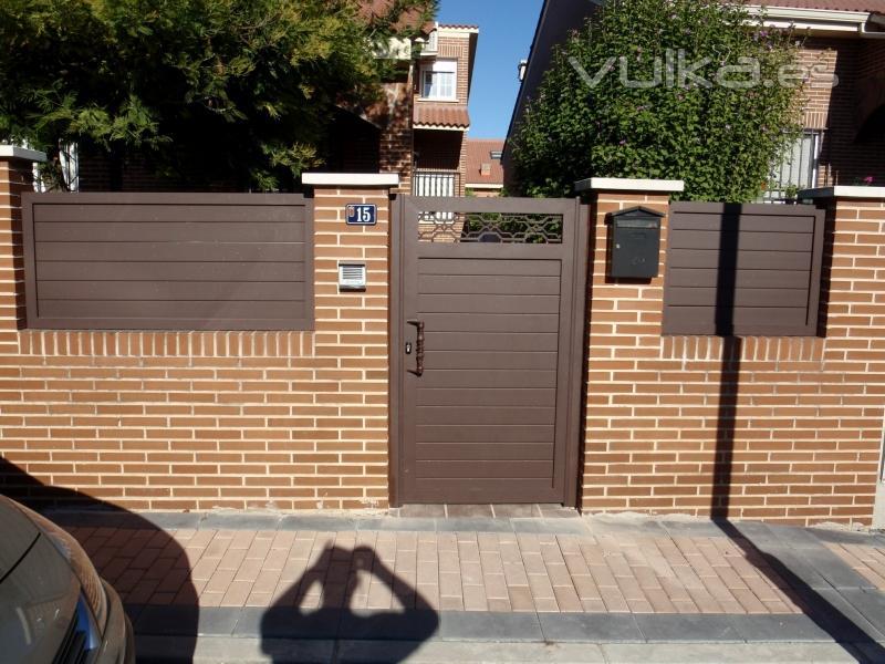 Aluminios polo madrid torres de la alameda c alberca 32 - Vallas exteriores para casas ...