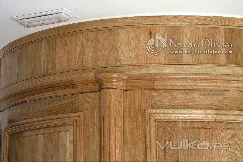 Foto detalles de puertas de robles curvas for Puertas correderas curvas