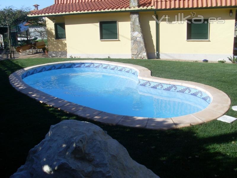 Foto piscina modelo oporto for Piscinas oporto