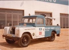 Nuestra primera grúa Nº 01 Land Rover  años 70.