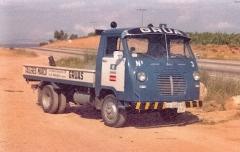 Grúa Nº 02 Avia años 70.