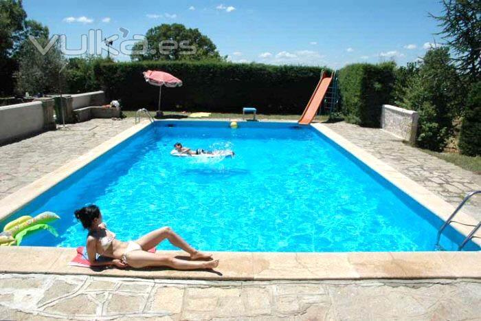Pinturas brogeras s l for Articulos para piscinas