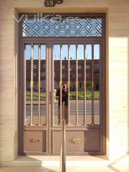 Foto puertas de entrada a comunidad - Fotos de puertas de entrada ...