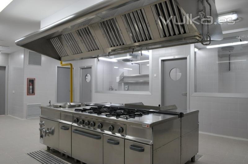 Foto grandes cocinas for Material cocina industrial
