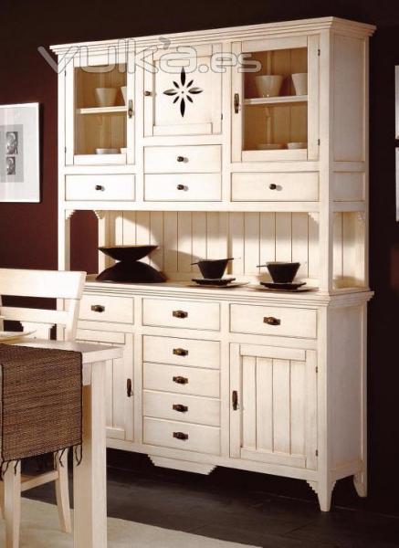 Foto alacena en madera de pino macizo en crudo o barnizado for Pintar muebles barnizados