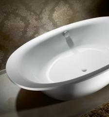 Bañera exenta de gran formato y lineas puras