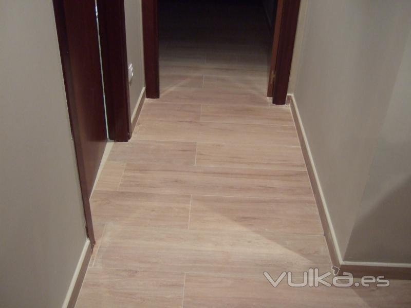 Lucidores sopuerta - Baldosas imitacion madera ...