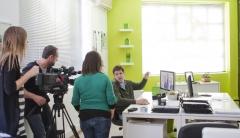 Telecinco en mediactiu, para una colaboraci�n. graphic design studios in national tv
