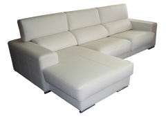 Sofa 4 plazas con chaiselongue, tapizado en piel de vaca plena flor color blanco.