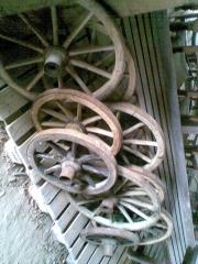 Ruedas de carro antiguas
