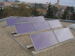 Instalación energía solar térmica en colegio