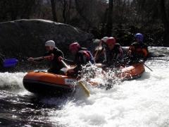 Rafting en el río tormes (sierra de gredos)