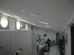 montaje  falsos techos continuos Renault Dibauto Mallorca