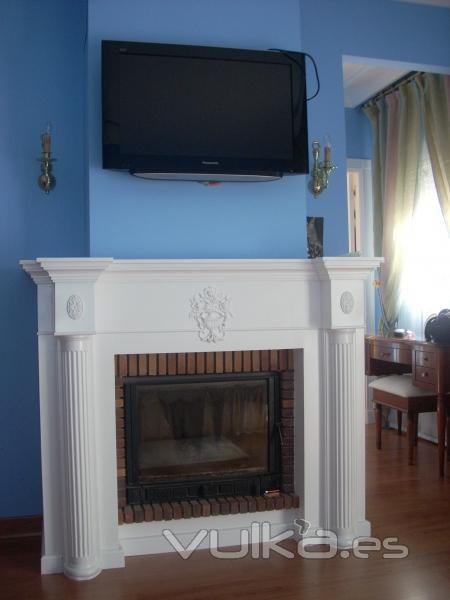 Foto chimenea a medida de pladur lacada blanco paredes lisas color azul y suelo parquet - Chimeneas valladolid ...