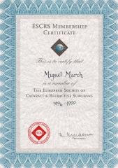 Diploma de miembro de la sociedad europea de cirujanos de cataratas y refractiva (escrs).